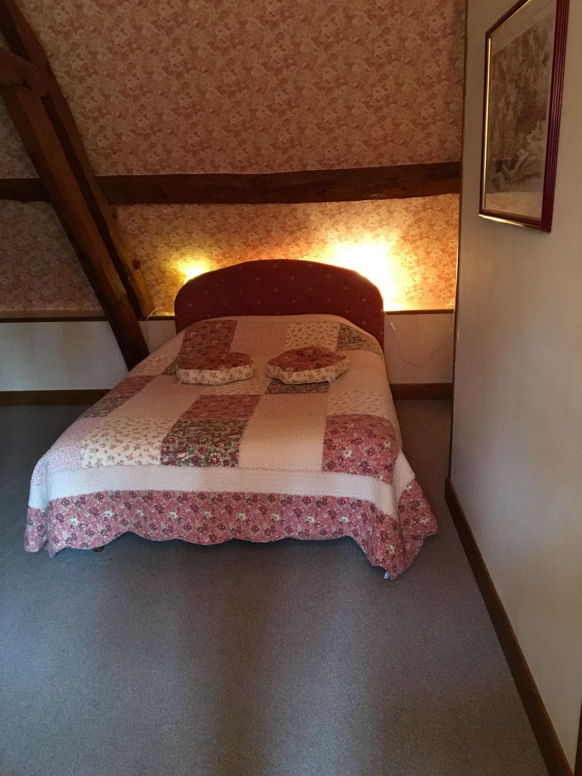 Gîte Montreuil-sur-Mer avec 3 chambres doubles.