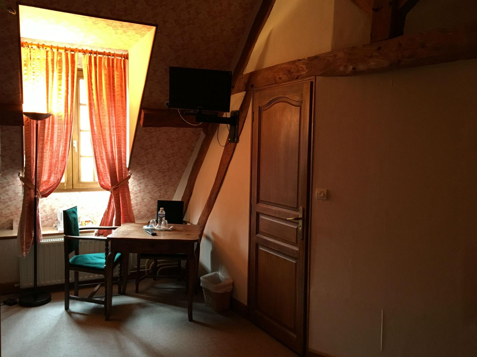 Gîte Côte d'Opale avec 3 chambres tout confort et salles de douche privatives.